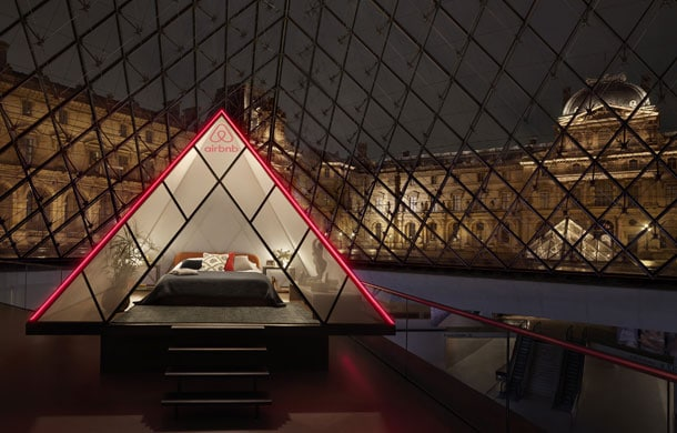airbnb partner with louvre
