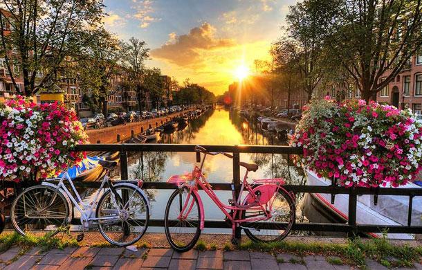 visit_amsterdam