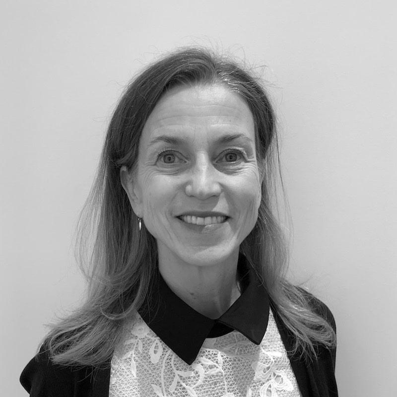 Lisa Bernstein