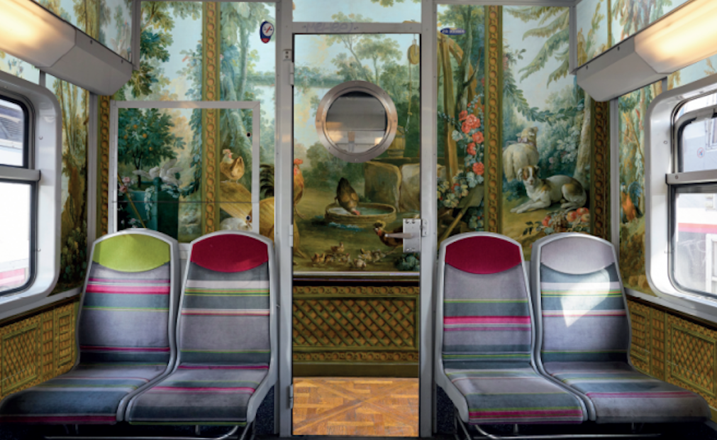 Paris Train Museum: Four carriages of a train travelling on Line C have been decorated with museum artworks